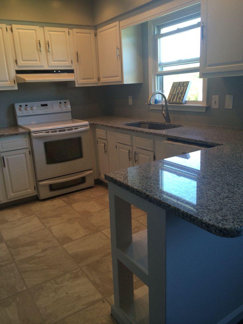 Kitchen   Bianco Sardo Granite, Valspar Granite Dust Walls, Valspar De Jour  White Cabinets