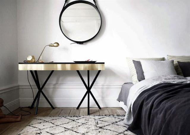 Appartement blanc, style épuré et meubles vintage Stockholm