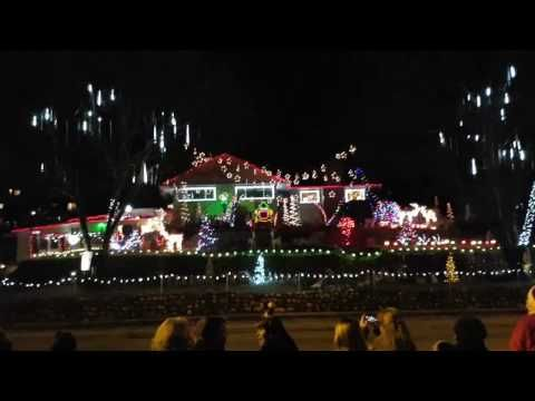 song music box dancer of the voila dancing light show 2016 in vernon bc using lor 246 channels with lights