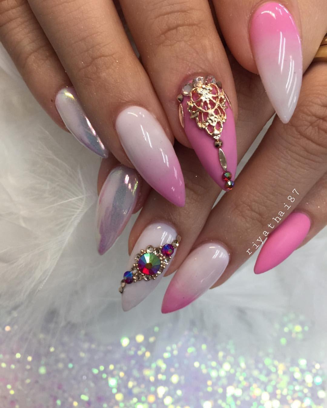 Riya's Nails Salon @riyathai87