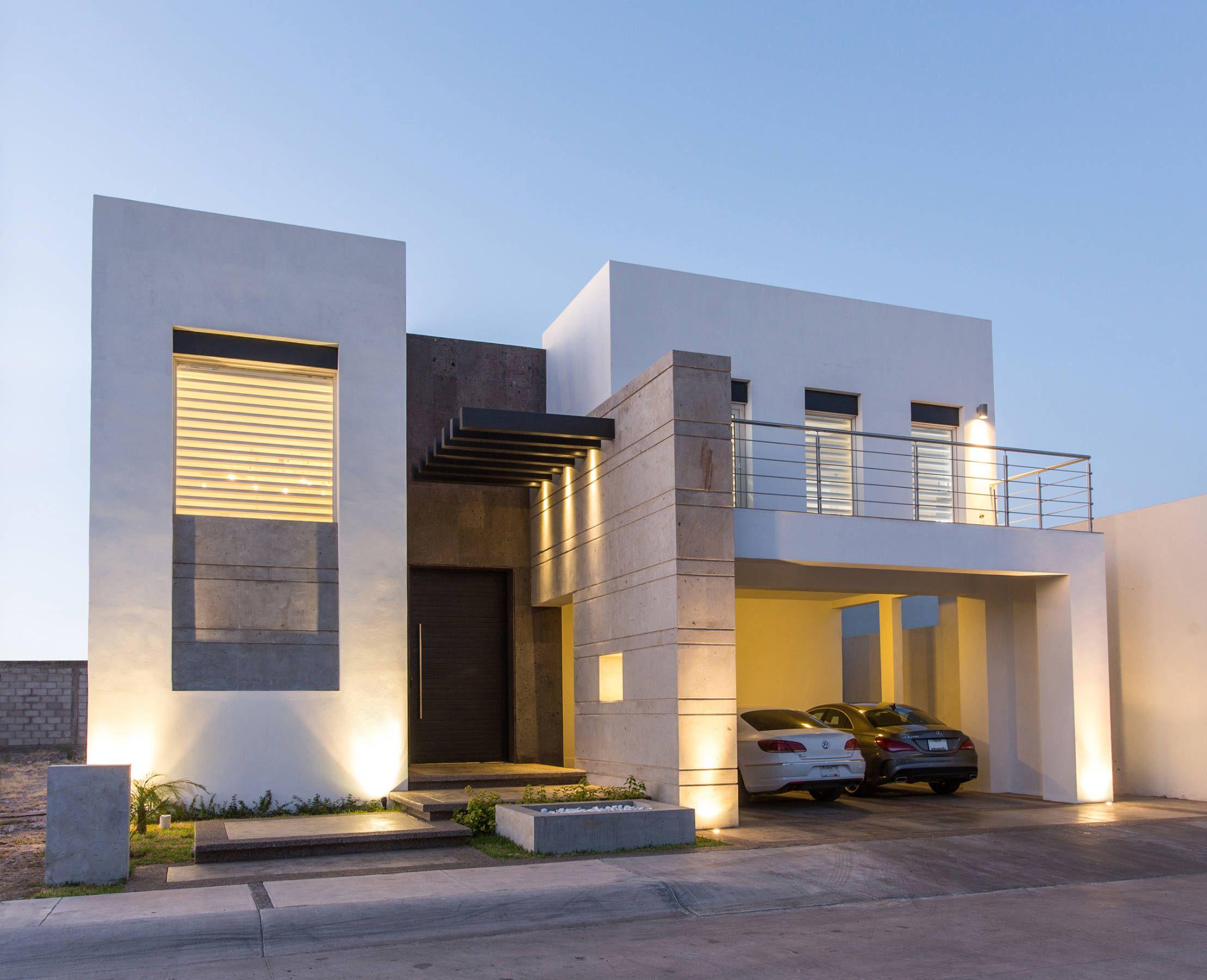 Una casa moderna y con mucho estilo arquitectura for Casa moderna 7 mirote y blancana