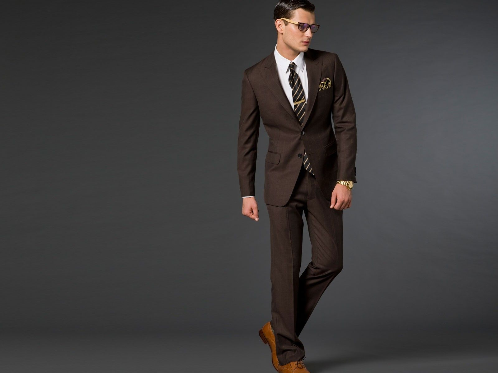 Picking The Right Suit Colors To Go With Your Skin | Brown suits