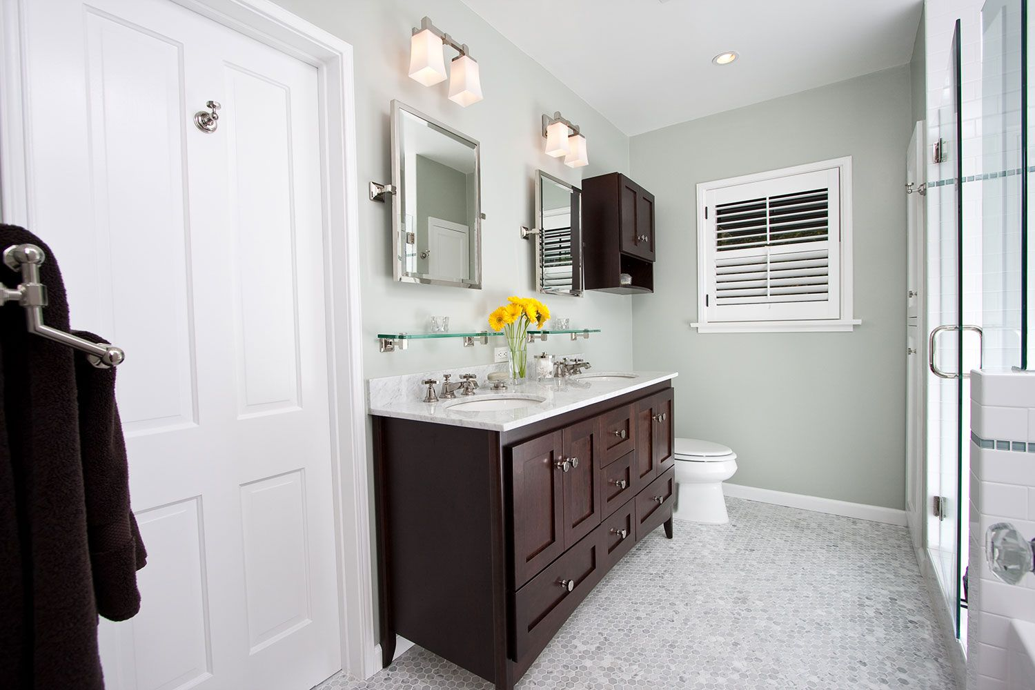 We Bring Our Mobile Showroom Of Bathroom Products To Walk Through