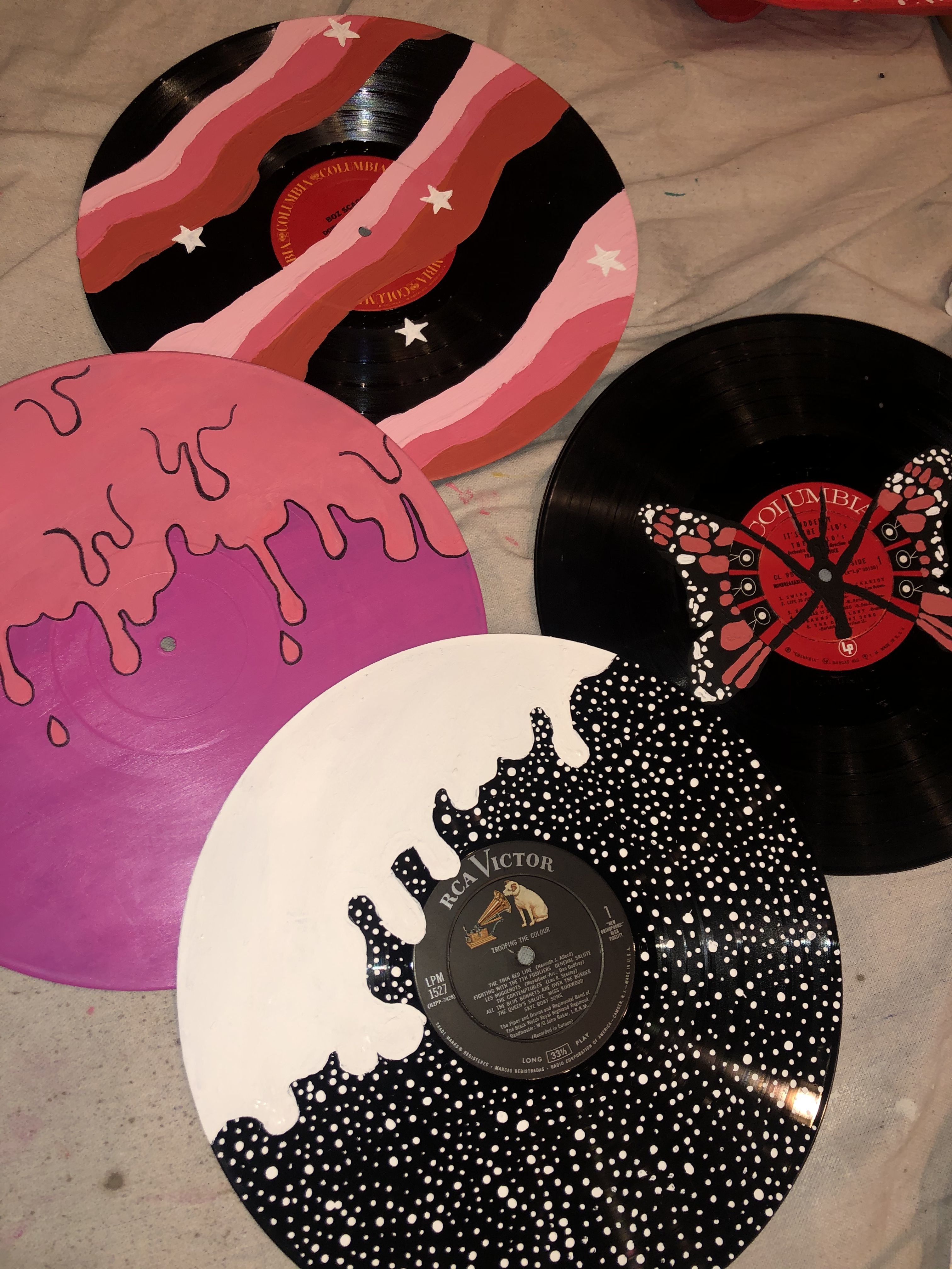 Vinyl Painting In 2020 Diy Art Painting Vinyl Art Paint Vinyl Record Art Ideas