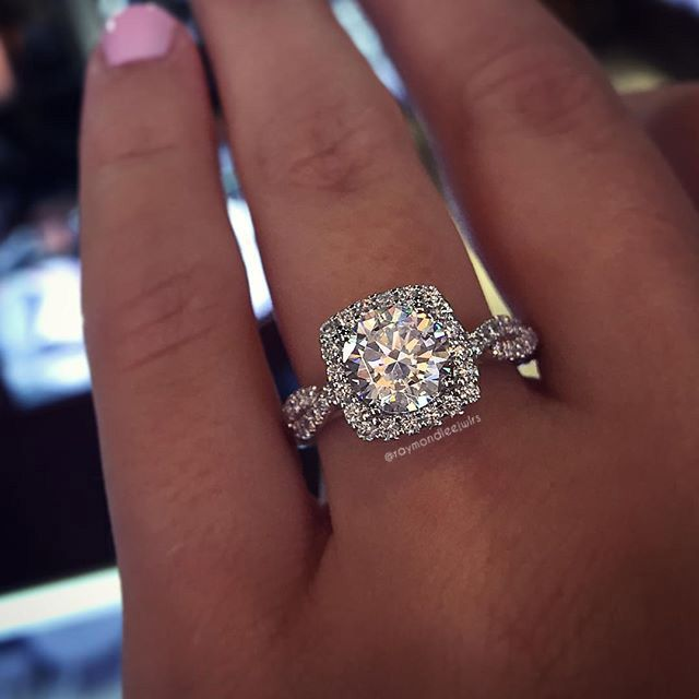 top ten misconceptions about diamonds large wedding ringssquare - Large Wedding Rings