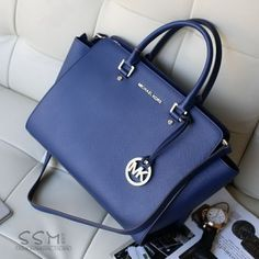 Michael Kors handbags online cheap  Find shoe discount, cool clothes, and accessories at www.shoediscount.us