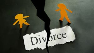 Argument happens in every home between husband and wife. Sometime this becomes a big issue which results in separation between them. These really affect the children and family; therefore divorce diary will guide you bad effects and negative aspects of getting divorce and try to generate love again between them.