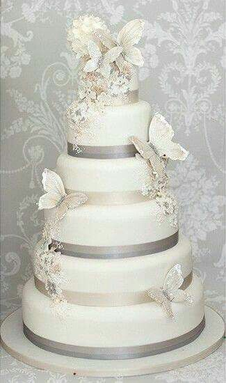 Butterfly decorated wedding cake Butterfly themed wedding
