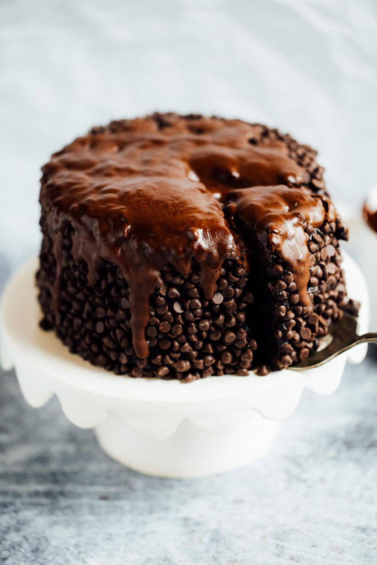 Blackout healthy paleo chocolate cake paleo gluten free