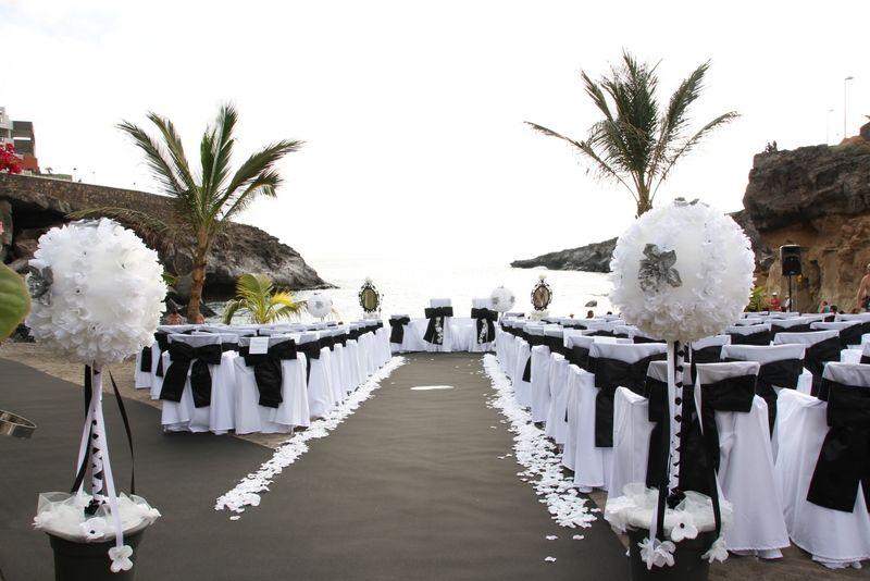 Black & White Beach #Wedding #Tenerife, Roca Nivaria Gran Hotel ...
