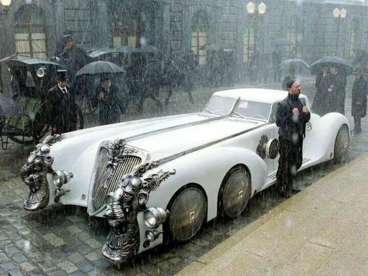 League of Extraordinary Gentlemen Car.  Awesome!