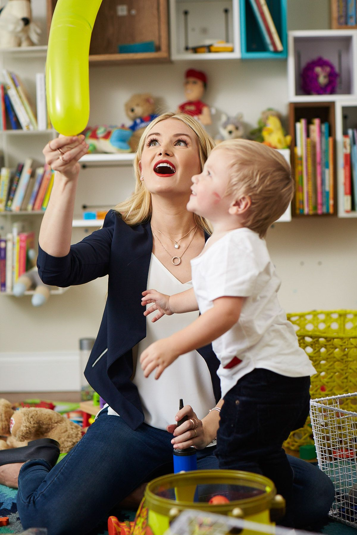 Structured on Top + 12 Things - Amber Fillerup Clark   Mom