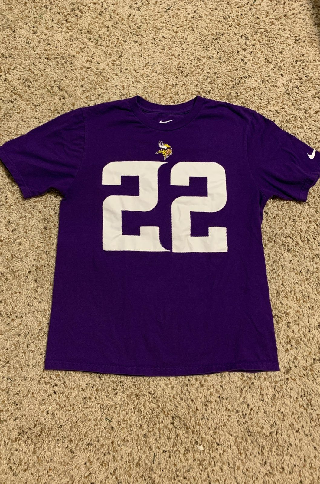 Youth Size Xl I M A Womens Size Small I Bought To Wear But It S Just A Little Too Snug On Me Worn Twice Nike Shirts How To Wear Shirts