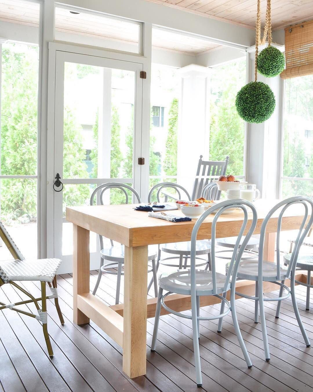 Free Building Plans For This Diy Chunky Farmhouse Table Modeled After A Restoration Hardware Dining
