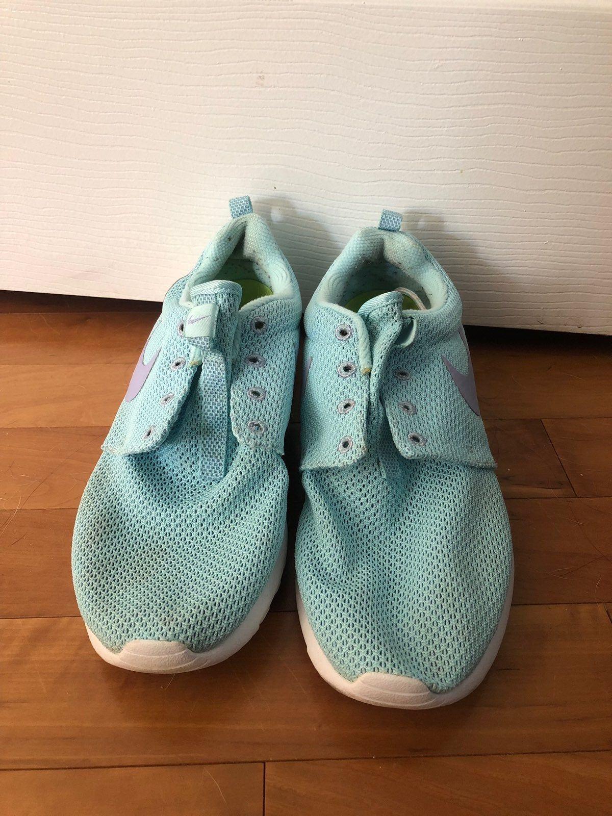 Light blue women's Nike roshes   Nike