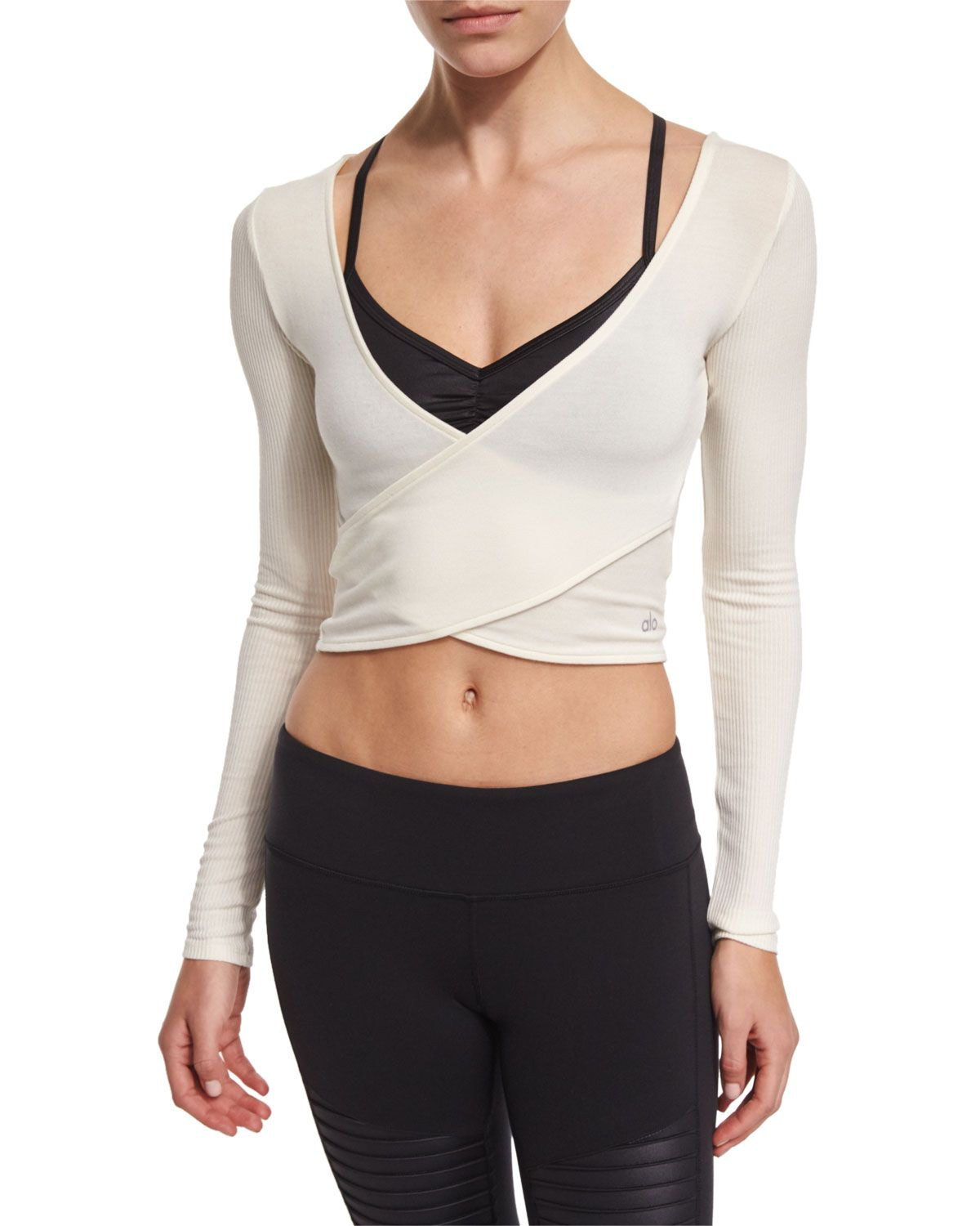 Amelia long sleeve crop top women 39 s size xs natural Yoga shirts with sleeves