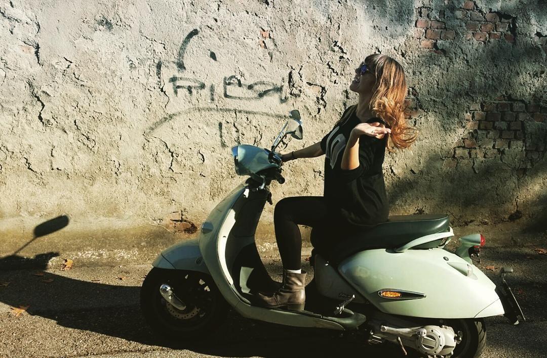 E poi arriva April #april #aprilia #scooter #addiotraffico #nostress #letsgo #tiffany #apriliars125 #habana #newlife #feelgood #blondie #love by blondielove88