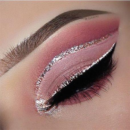 Photo of Wenn Sie schönes Make-up mit einem Hauch von Funkeln lieben. Sie flippen auf di…