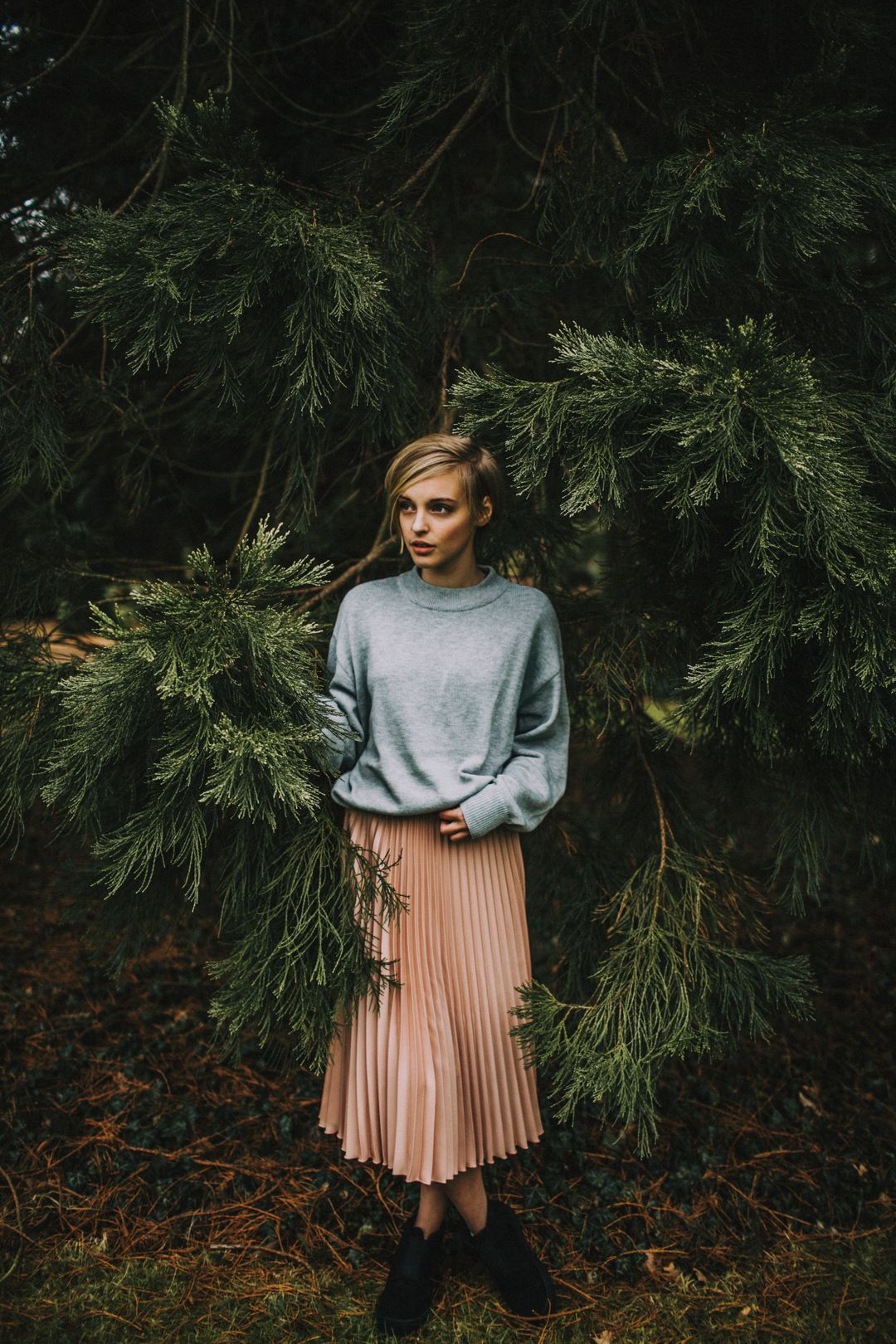 nature portrait fashion editorial woman beauty featured lookslikefilm #editorialfashion