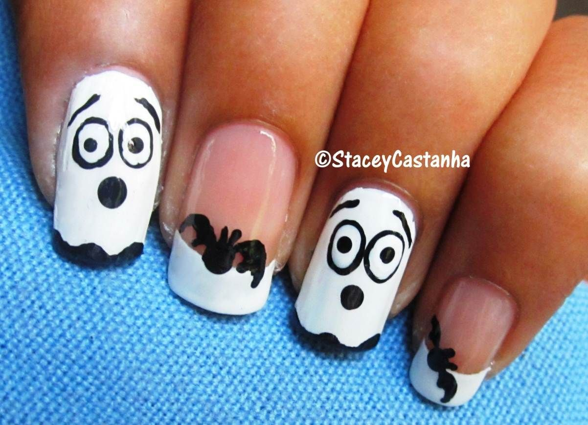 Easy Ghost and Bat Nails | Halloween | Beauty --- NAILS! | Pinterest ...