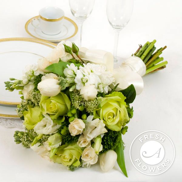 Fresh Wedding Flowers in Green and White (17-piece) | Flowers Online ...
