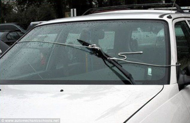 The fender offenders hilarious diy car repair bodge jobs carried the fender offenders hilarious diy car repair bodge jobs carried out by amateur mechanics to keep their vehicles going solutioingenieria Gallery