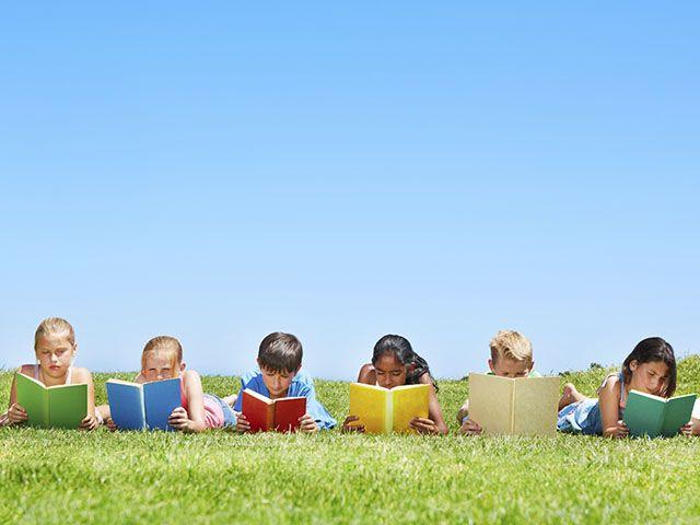 Choosing the best summer reading list for an enjoyable kids' summer.