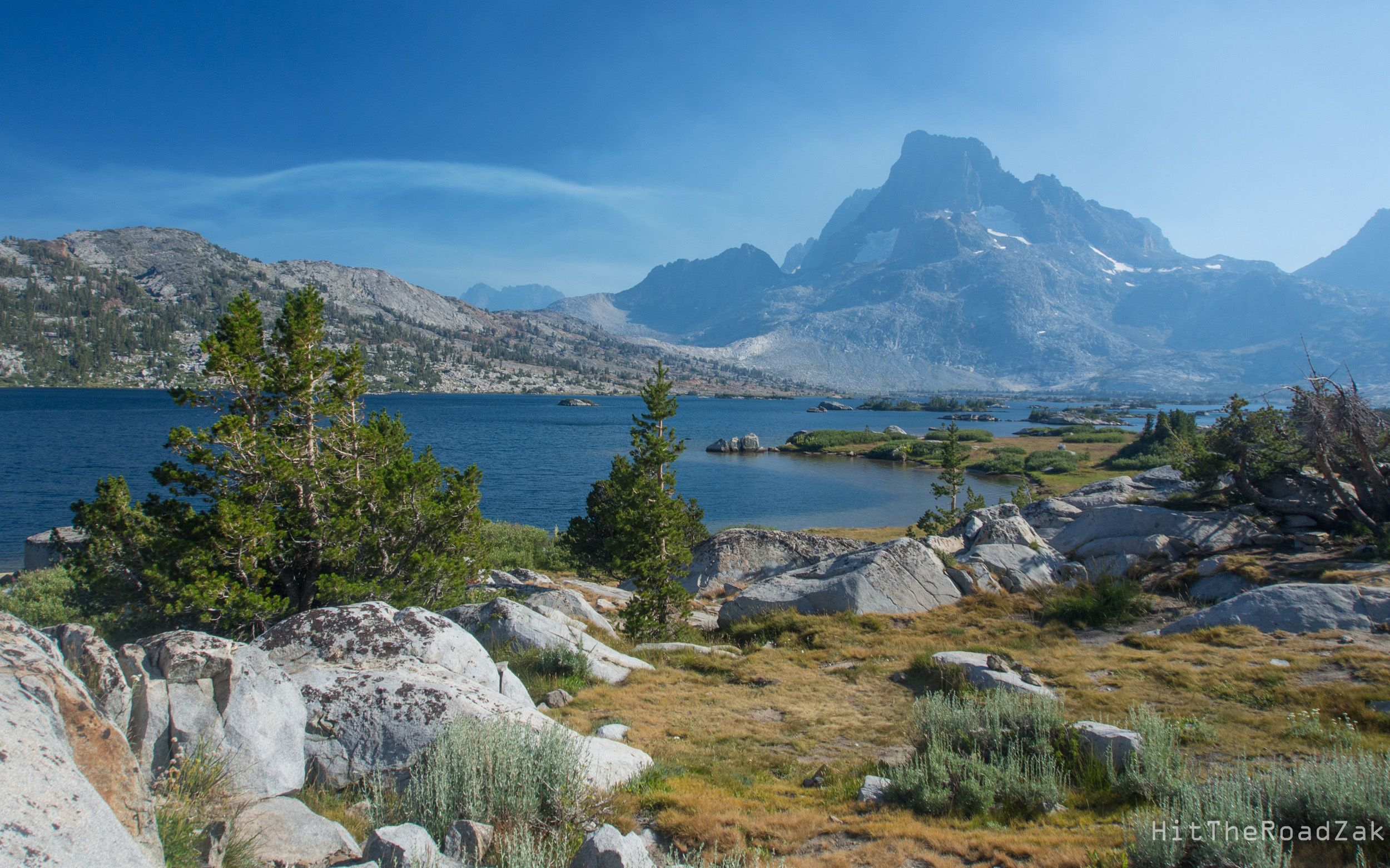 Wisps Of Smoke Clouded The Sky At Thousand Island Lake In California S Sierra Nevada Mountains Oc 250 Lakes In California Sierra Nevada Mountains Island Lake