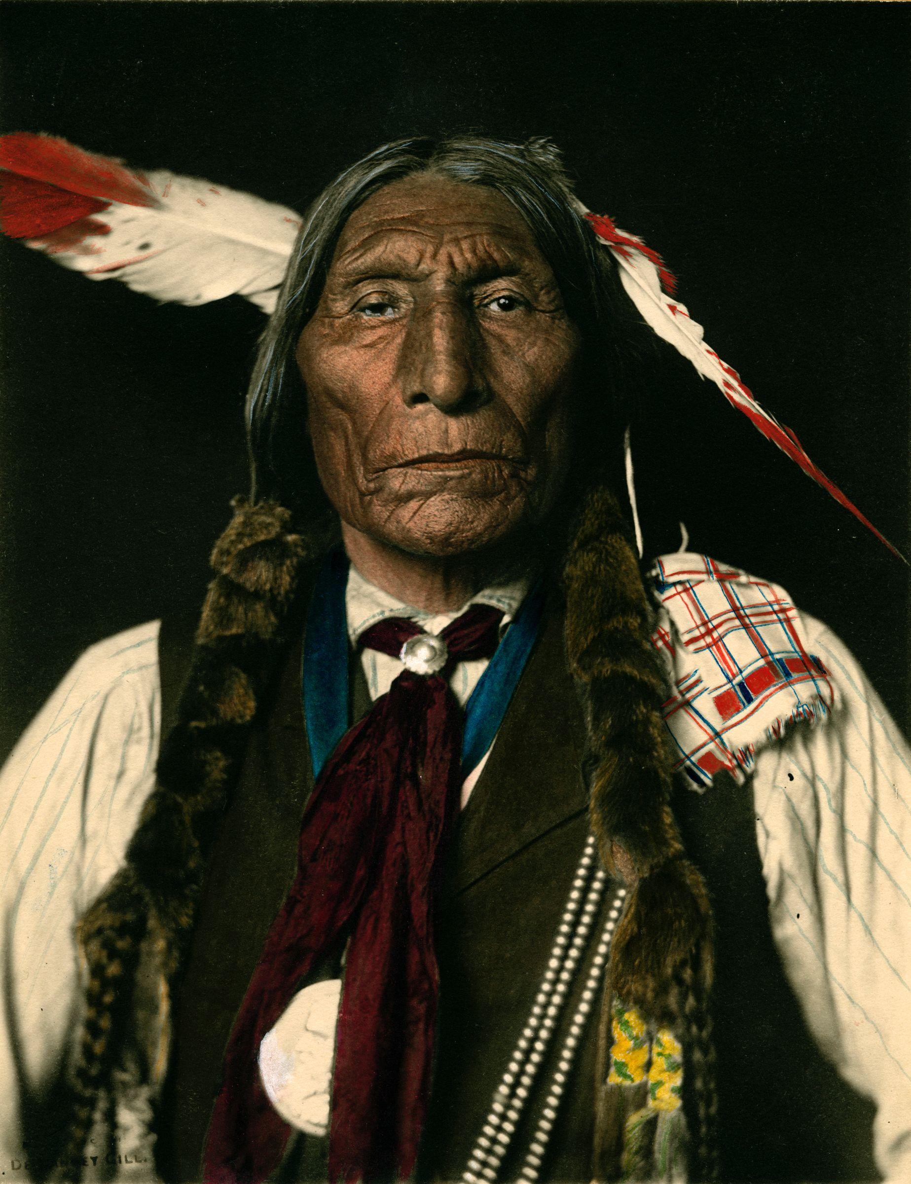 Hoiio Wotoma Cheyenne Colored Carbon Print Photo