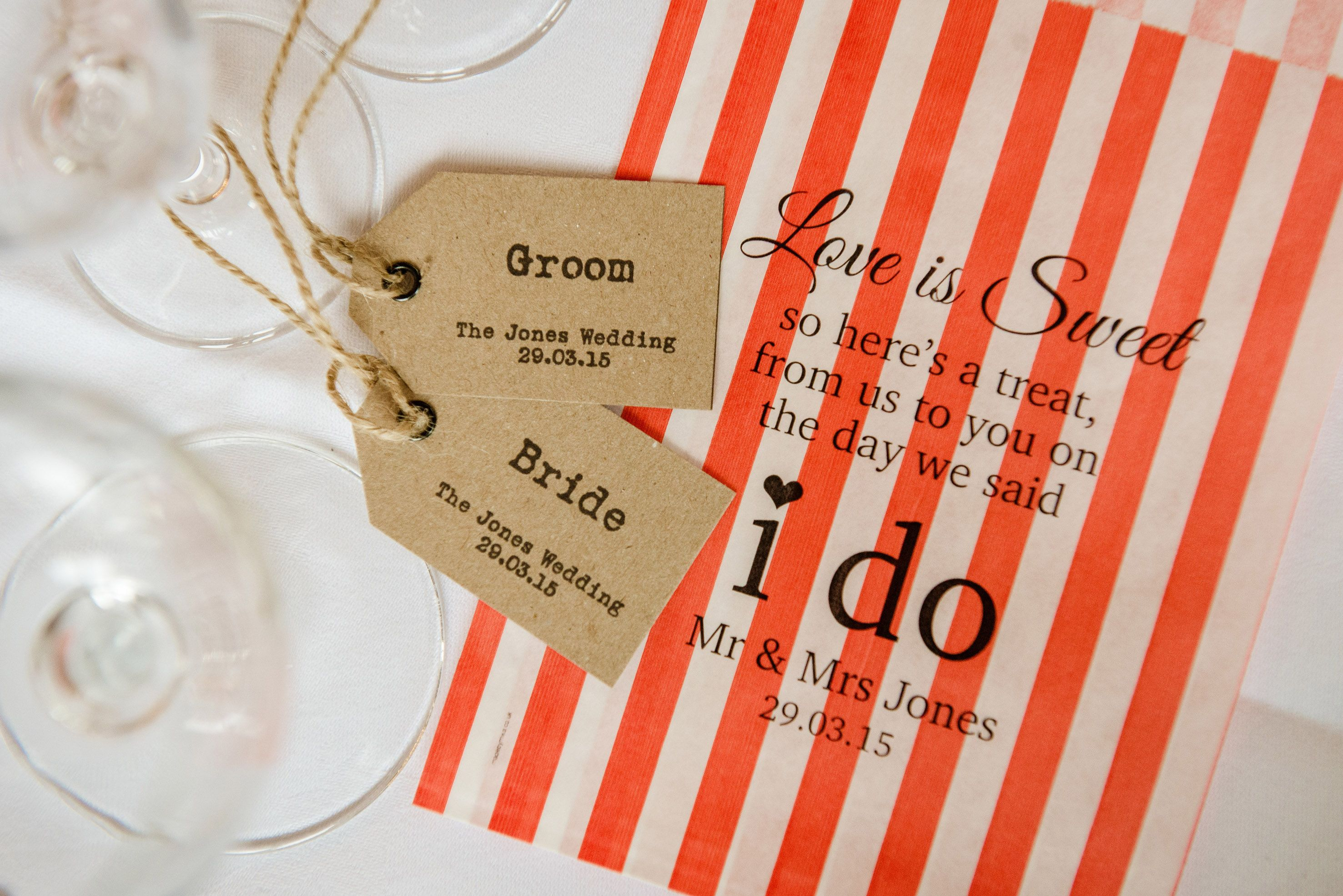 Rustic / Shabby Chic place names and Sweet Bags for wedding favour ...
