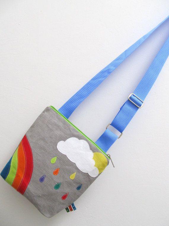 Kindertasche REGENBOGEN für Kindergarten und Freizeit. €42,00, via Etsy.