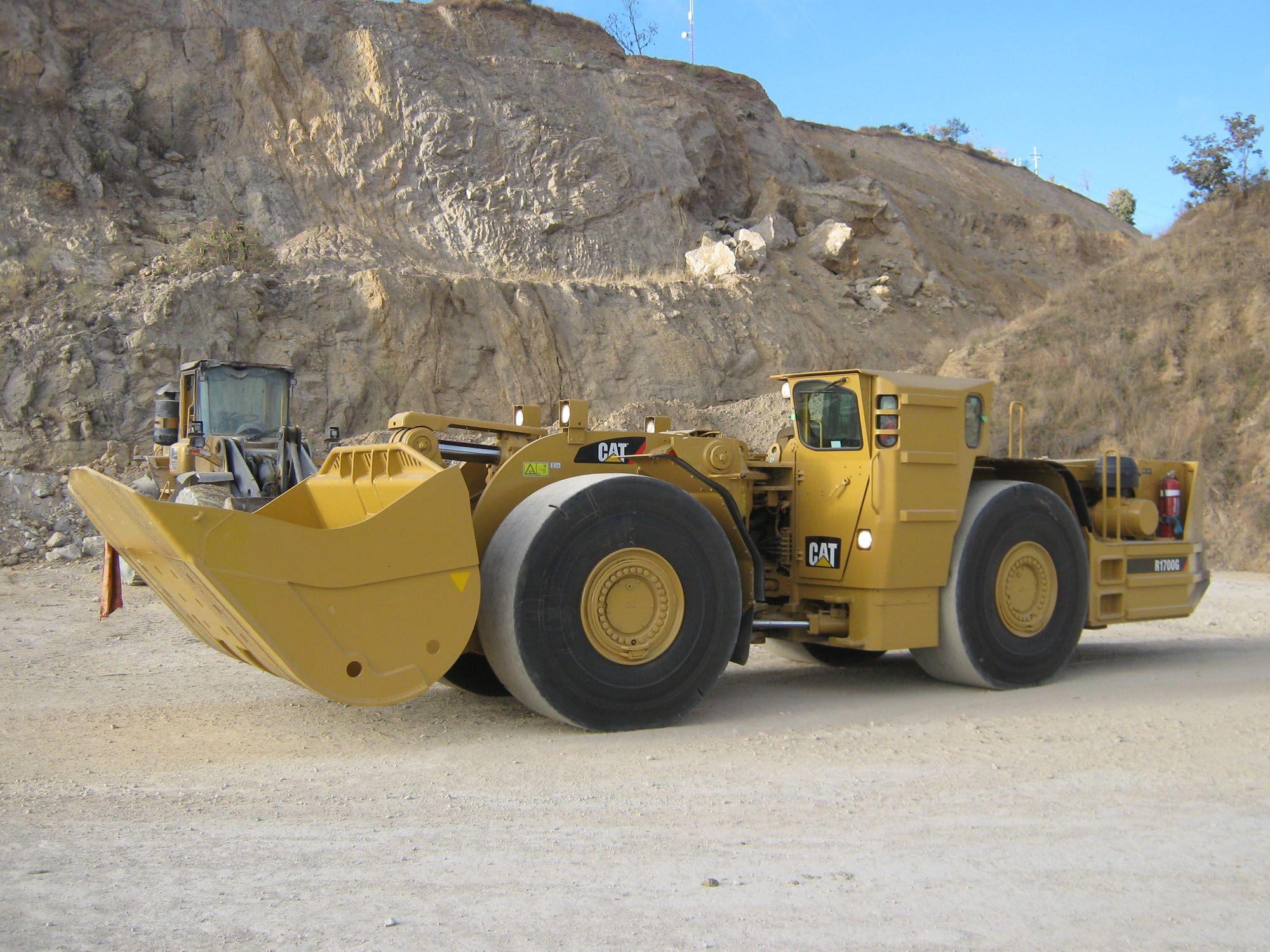 Cargador Frontal Caterpillar R1700g Heavy Construction Equipment Heavy Equipment Heavy Machinery
