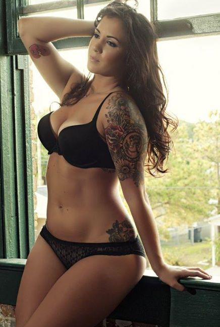 9e523a3a4e3d5 Curvy Girl Tattooed, that amount of sleeve | Tattoo | Tattoos, Sexy ...