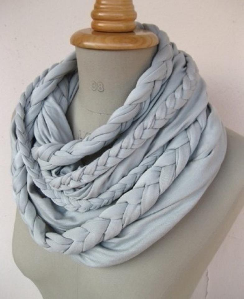braided scarf... kinda complex but kida AWESOME!