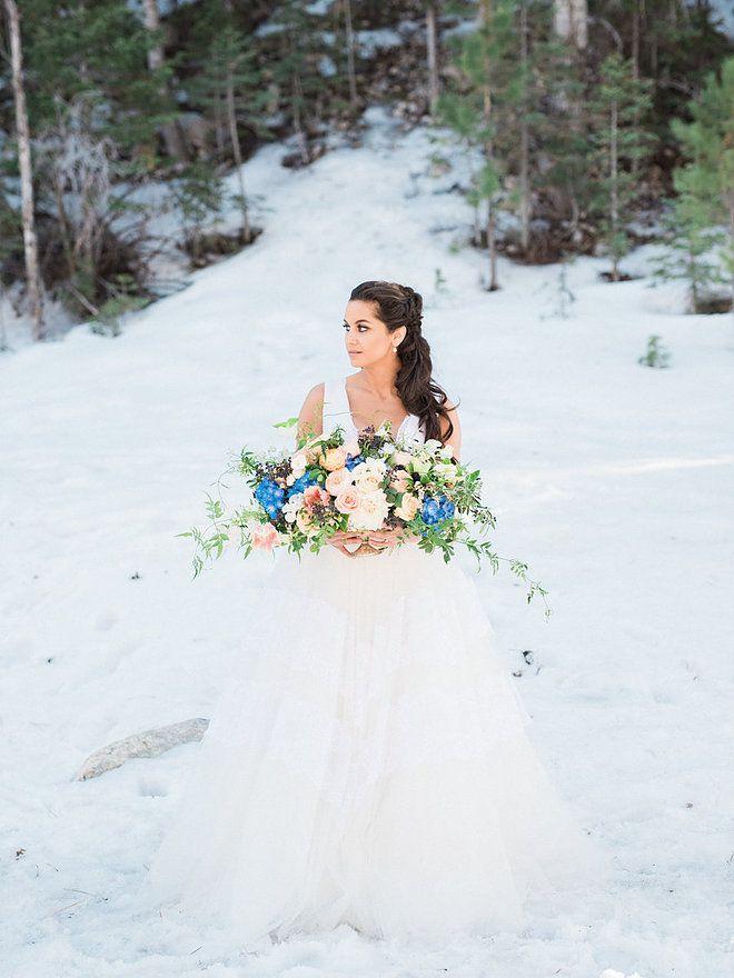 City Blossoms | Las Vegas Wedding Florist | Wintry Blue Wedding At Mount Charleston. Photography: Kristen Joy