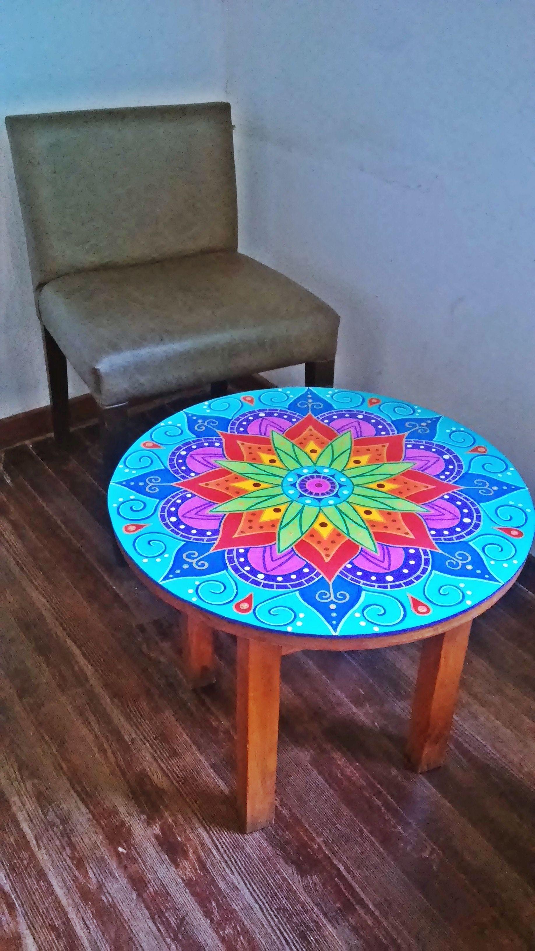 Mesa De Madera Decorala Con Mandala De 50cm De Diametro Pintar Mesas De Madera Ideas De Muebles Pintados Sillas Pintadas