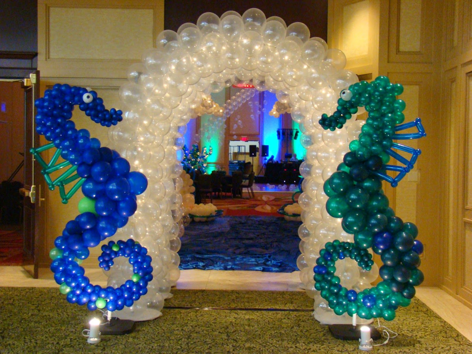 Atlanta events extraordinaire party blog sea horse balloon for Arch balloon decoration
