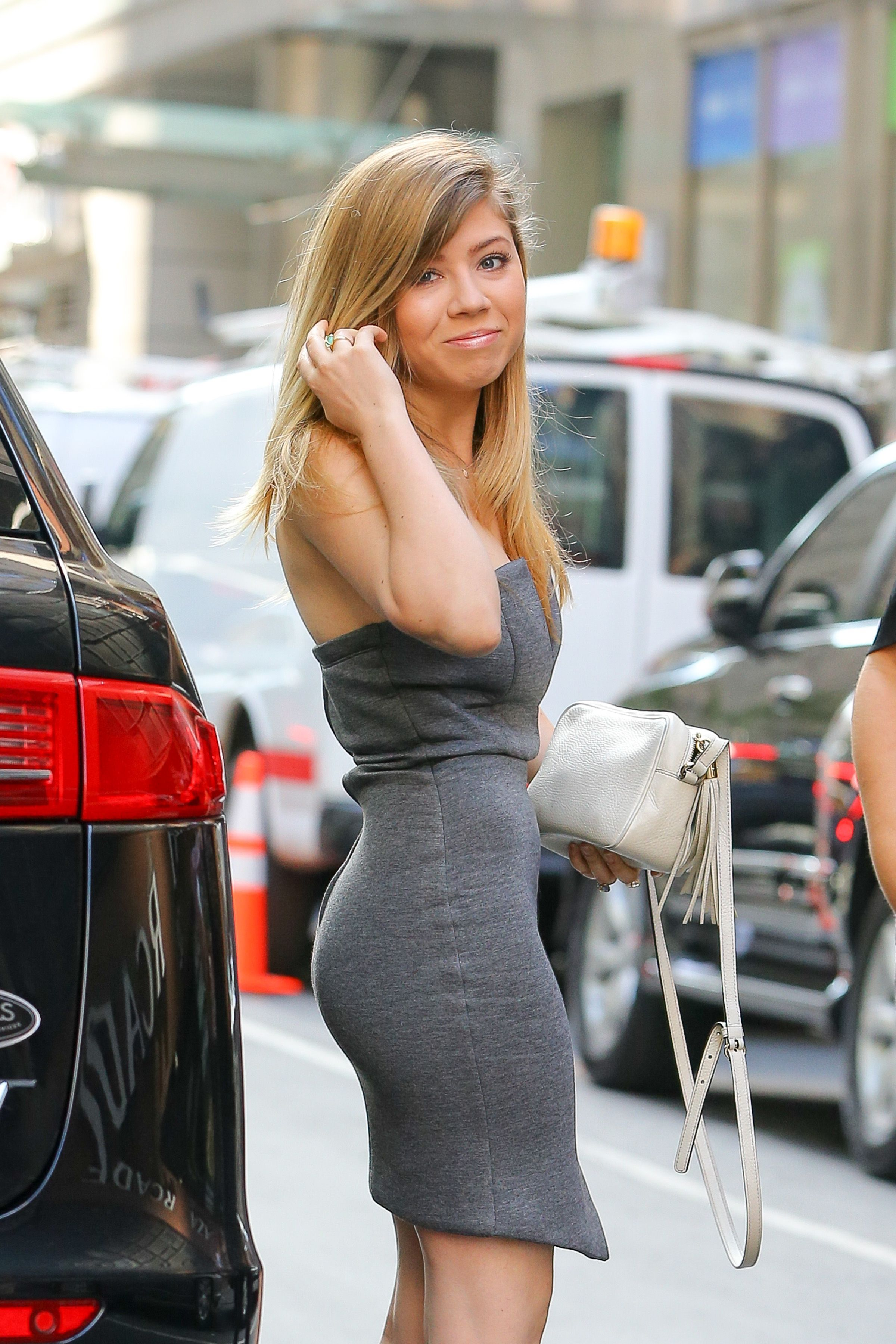 Jennette Mccurdy 2017 Sexy