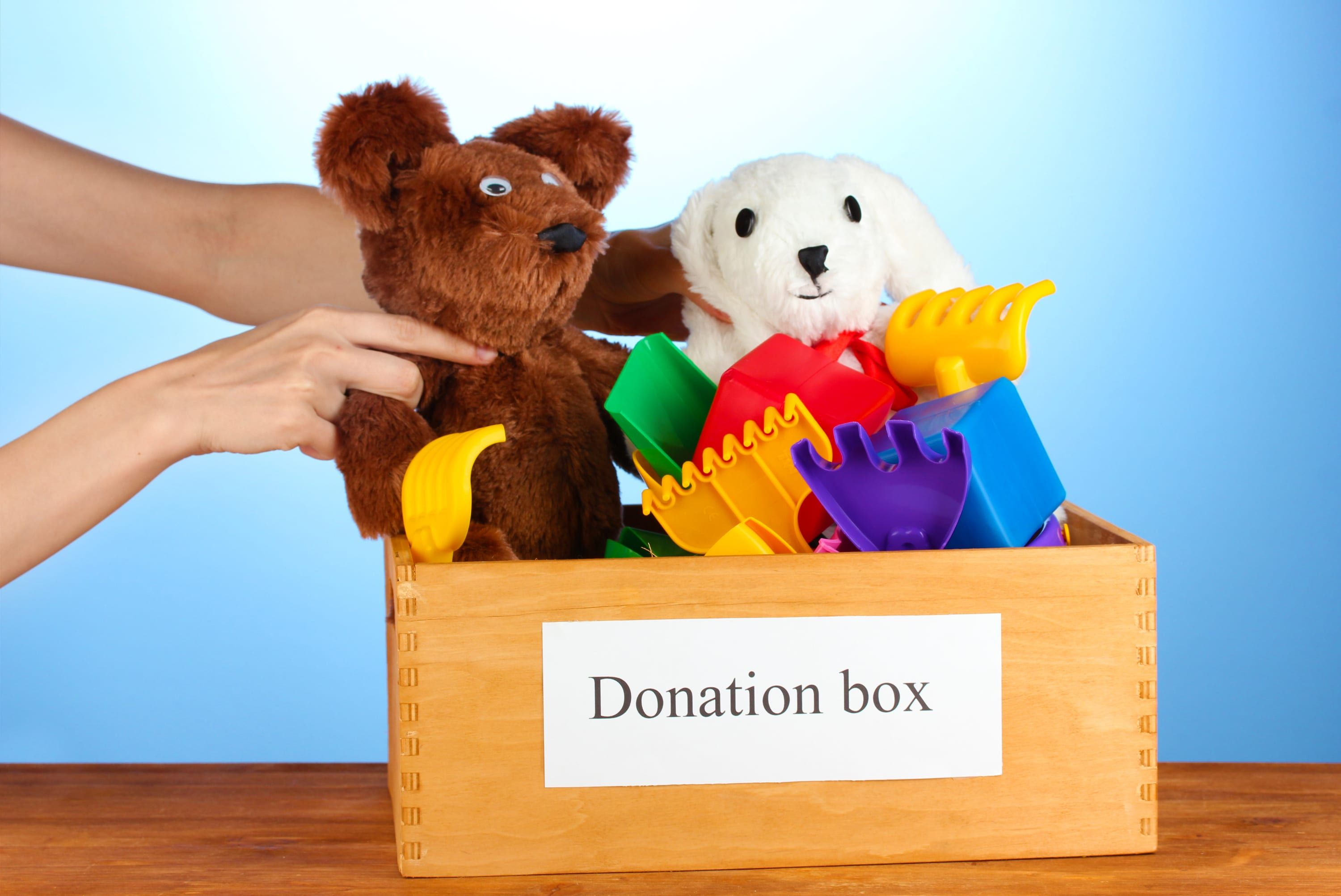 Where To Donate Used Toys 8 Charities Places To Consider Donate Used Toys Donate Charity