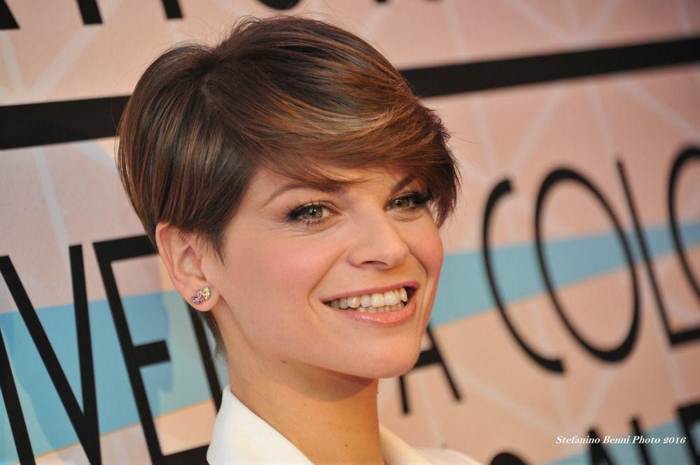 Alessandra Amoroso Hairstyle Haircut Inspo Short Hair Styles