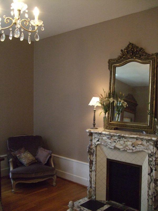 dead salmon baucis et phil mon salmon sitting rooms and room. Black Bedroom Furniture Sets. Home Design Ideas