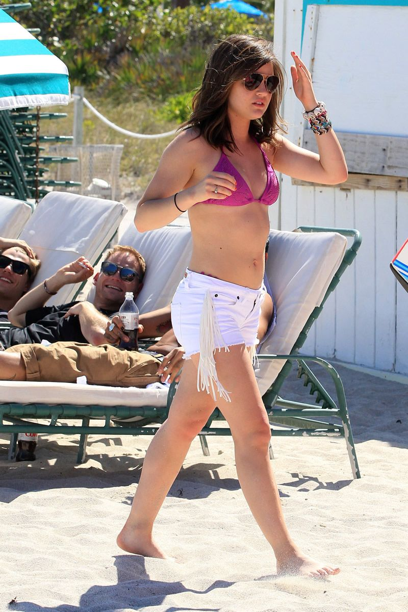 lucy hale bikini photos | Lucy Hale In A Bikini ...