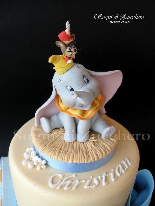 dumbo cake dumbo baby shower baby shower cakes elephant cakes elephant