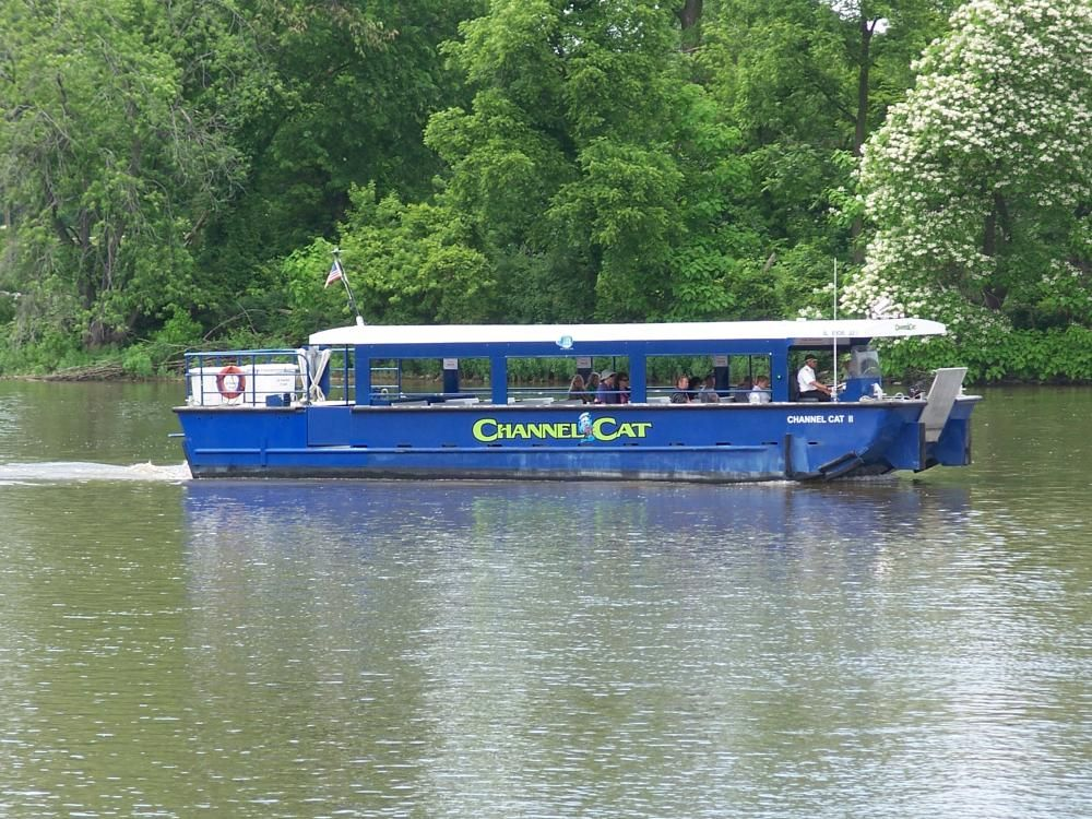 Visit Quad Cities » Channel Cat Water Taxi Quad cities