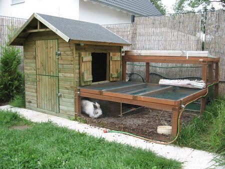Kinderspielhaus als Kaninchengehege umbauen? Kaninchen