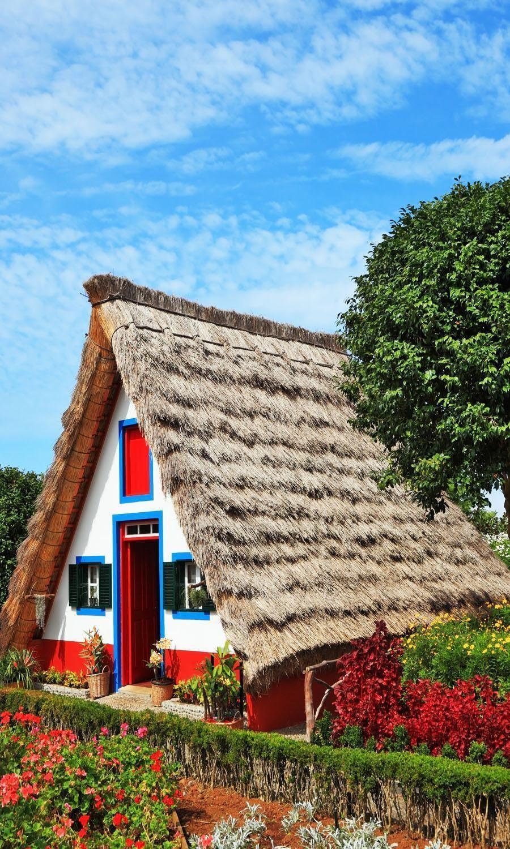 Starý dom-múzeum z prvých osadníkov na ostrove Madeira, Portugalsko    Amazing Photography miest a známych pamätihodností z celého sveta