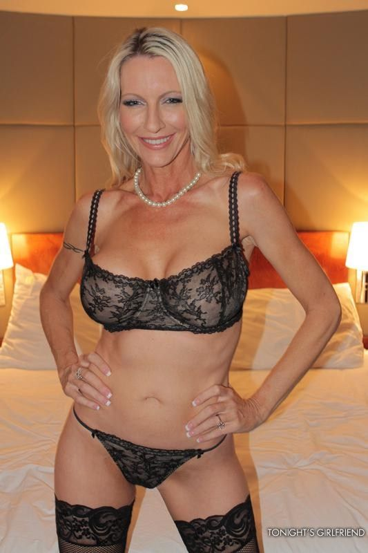 Welcome Sexy Mature 99