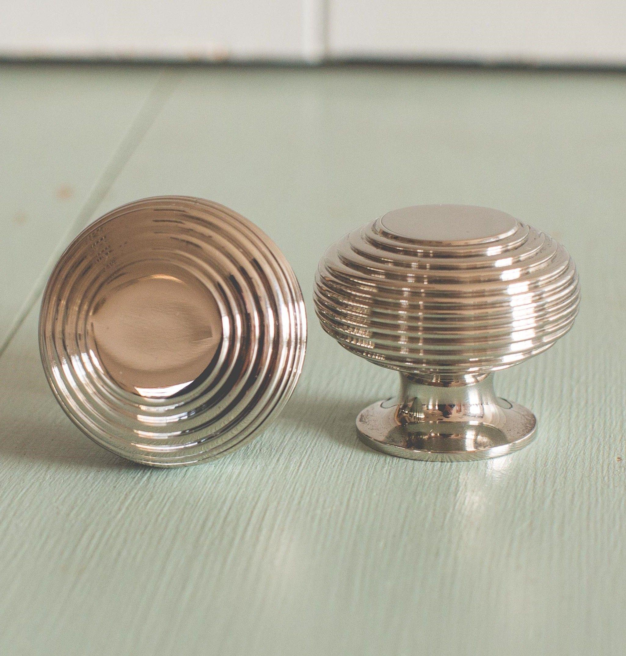 Superbe Beehive Large Cabinet Knob Nickel