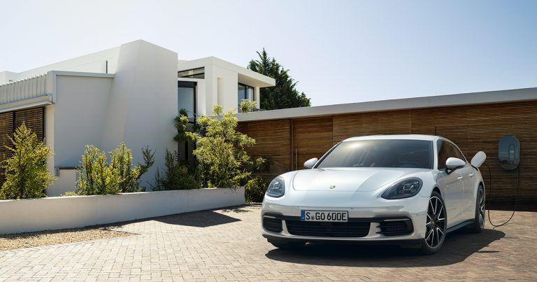 La Porsche Panamera 4 EHybrid Quand berline égale