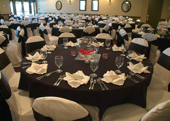 It s All A Matter of Measurements  Fictile Tablecloths For Wedding  It s All A Matter of Measurements   Wedding dinner  Wedding tables  . Purple Tablecloths For Wedding. Home Design Ideas
